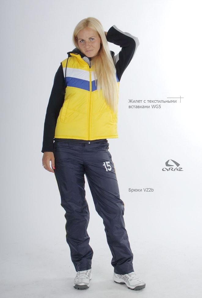"""Жилет - идеальная одежда для весеннего, летнего и осеннего спортивных сезонов. Подходит как вторичная утепляющая спортивная одежда спортсменам всех направлений спорта. Жилеты от """"Ораз"""" - не только спортивная практичность, но и современный стиль."""